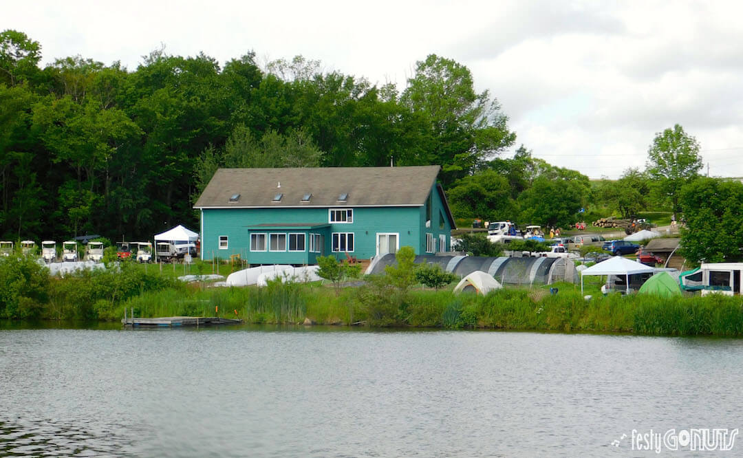 Great Blue Heron Festival house on the lake