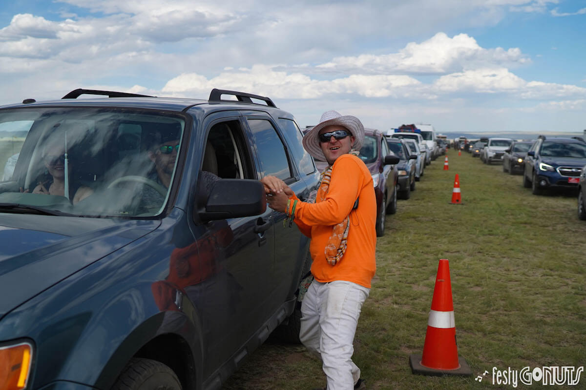 Cars arriving at Sonic Bloom