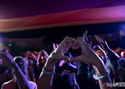 Bhakti-Fest-DSC_4212_E_Heart Hands_Sml
