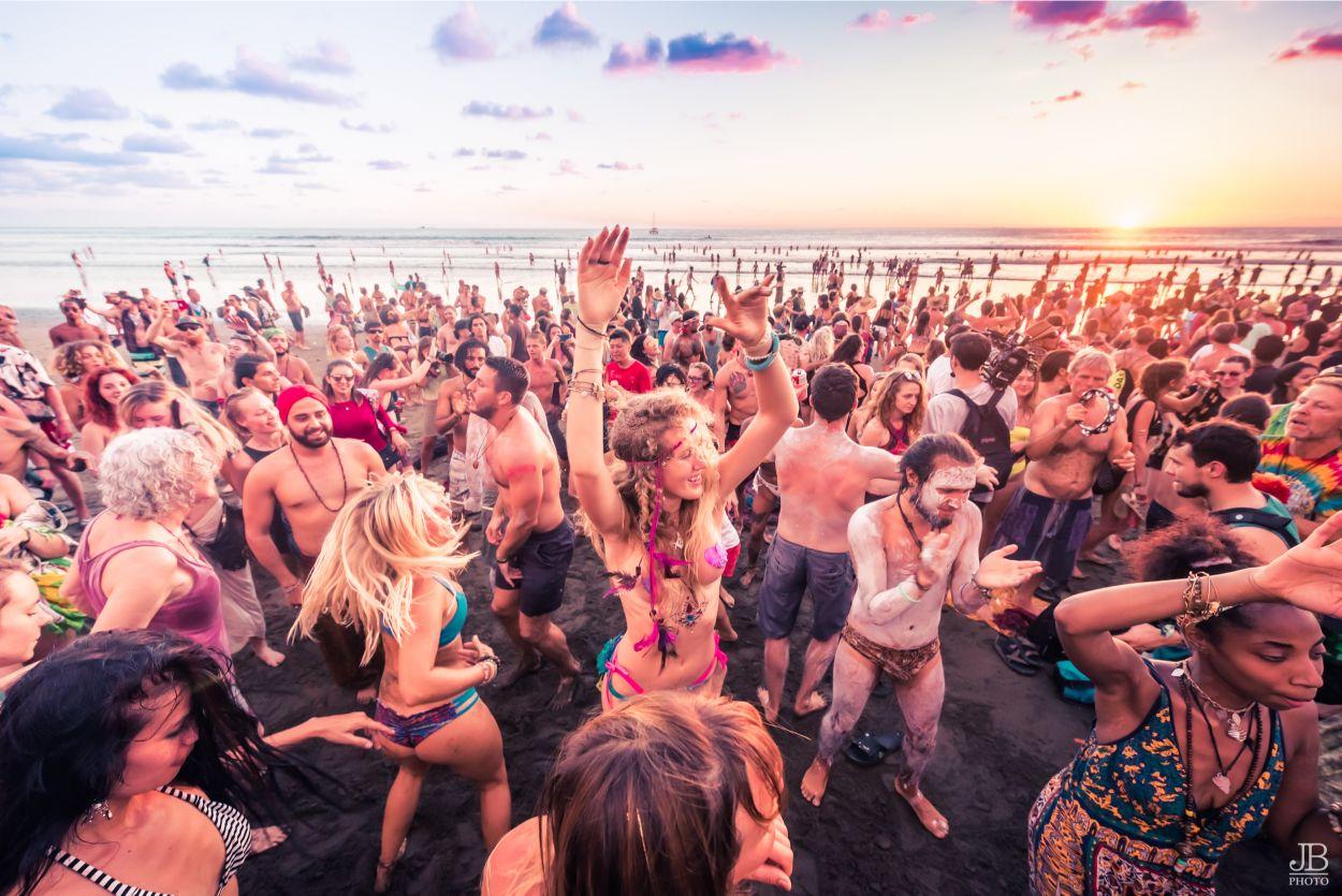 Copy of JessBernstein_Beach_Sunset_DrumParty