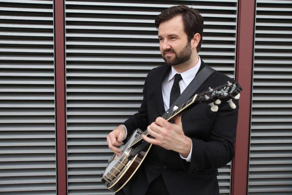 Ryan Cavanaugh banjo player